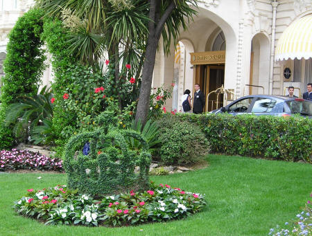 Grand Seaside Hotels in Cannes France